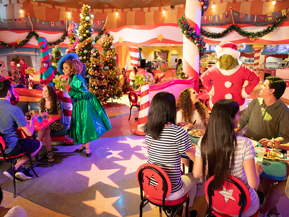 Breakfast at Universal Orlando with Grinch and Friends (seasonal)