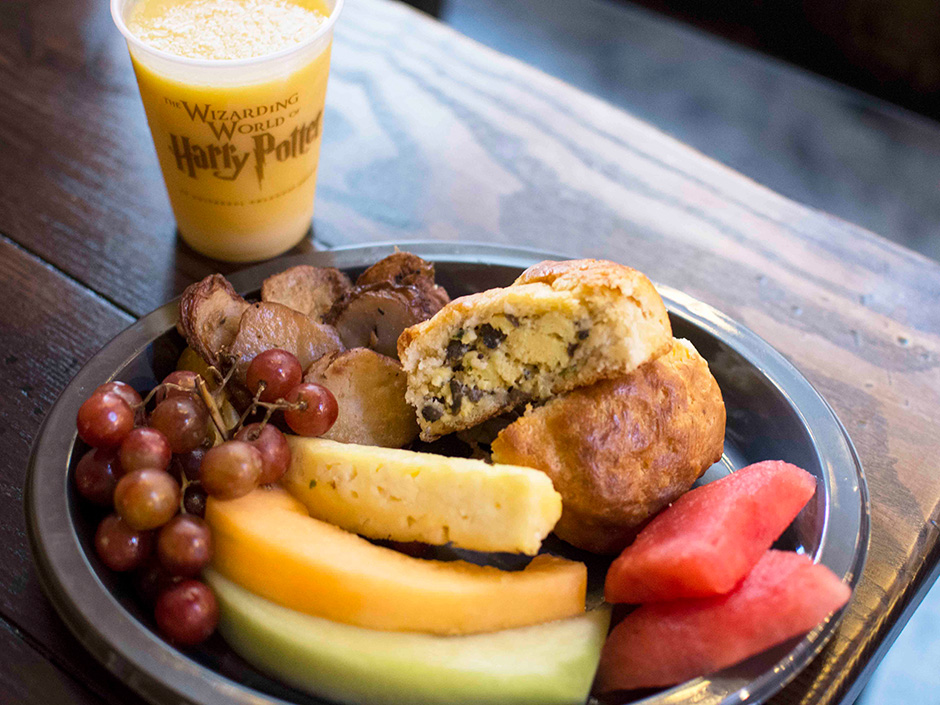 Breakfast at Universal Orlando - Leaky Cauldron