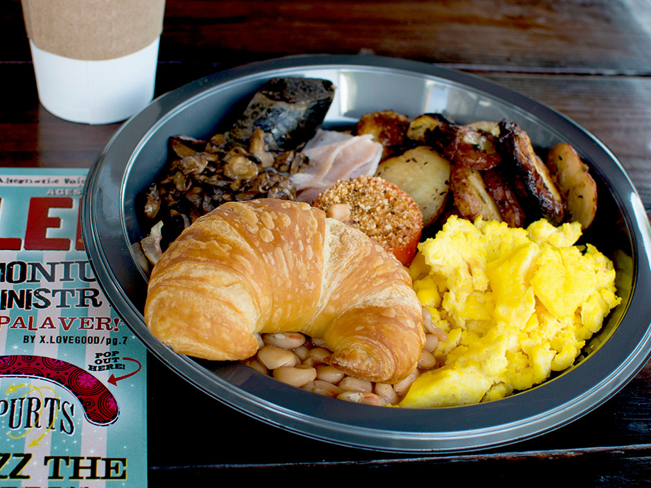Breakfast at Universal Orlando - Three Broomsticks